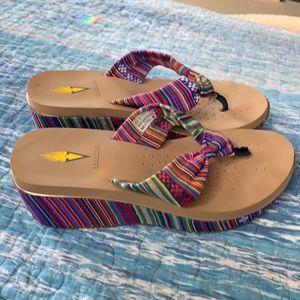 Super cute Volatile sandals